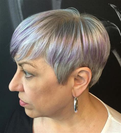 short cuts gold high lights 100 best short haircuts for round faces and thin hair
