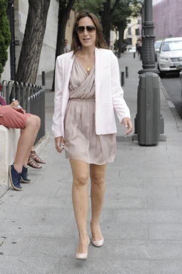 Blazer Tamara Ori Sesuai Foto tamara falc combina blazer y vestido en color fotos