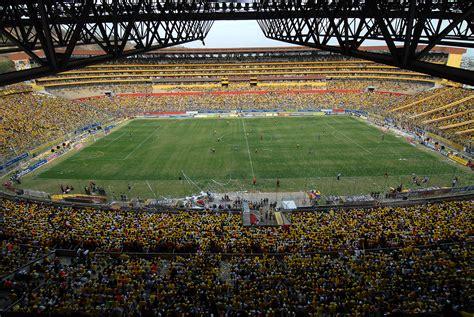 el estadio monumental isidro romero carbo de guayaquil el estadio barcelona sporting club 90 a 241 os de historia