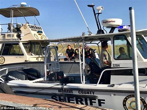 boat crash in needles 13 hurt and four missing after colorado river boat crash