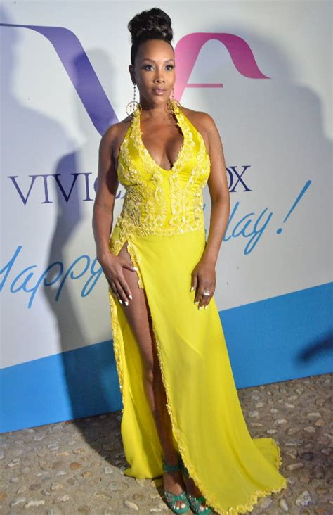 Worst Dress Of The Year Vivica Fox In Naeem Khan by Streetwise The Sultry Vivica A Fox In Yellow