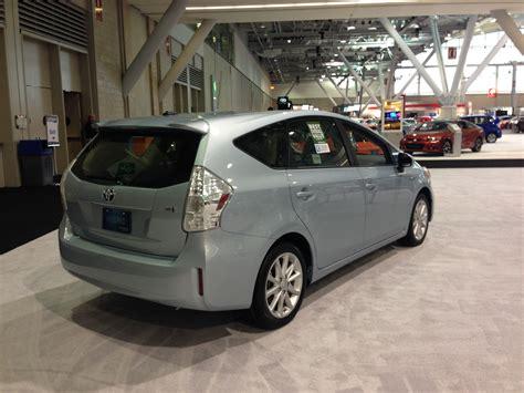 Toyota Prius V 2014 2014 Toyota Prius V Pictures Cargurus