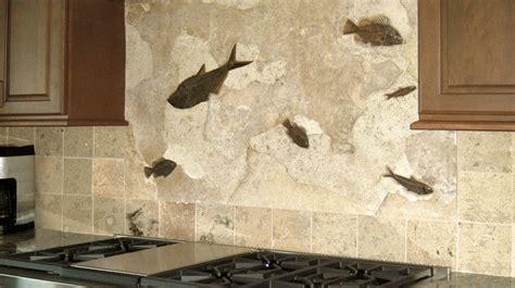 Tiles For Backsplash In Kitchen Greenriver Fossil Backsplash 종려나무 Pinterest