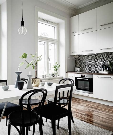 black and white kitchen table 1000 ideas about white tables on white dining