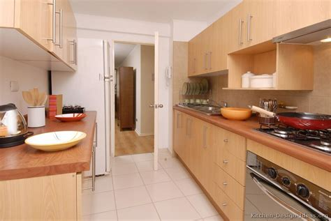 pictures of wood kitchen cabinets pictures of kitchens modern light wood kitchen