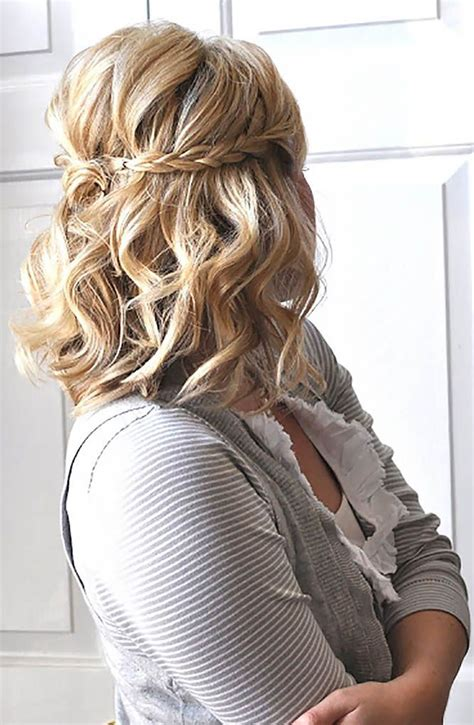 Easy Bridesmaid Hairstyles For Medium Length Hair by Best 20 Bridesmaids Hairstyles Ideas On