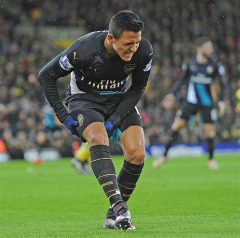 alexis sanchez injured arsenal 1 norwich 1 gunners suffer more injury woe as
