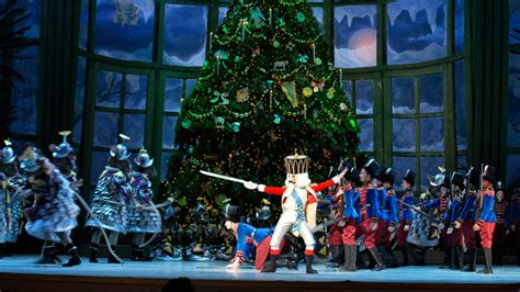 best christmas craft shows 2018 inpennsylvania top shows and performances in philadelphia for 2017 visit philadelphia