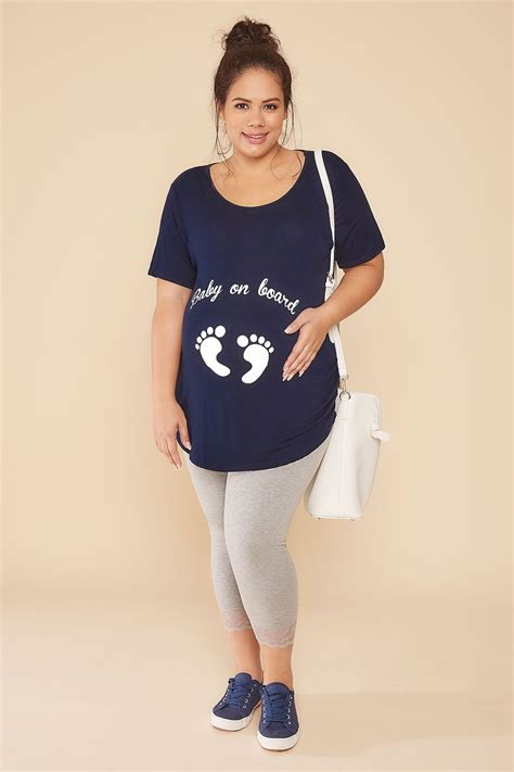 my keeps attacking my other for no reason bump it up maternity navy top with white glitter baby on board print size 16 18 20