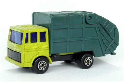 old boat trailer disposal disposal truck maisto diecast wiki fandom powered by wikia