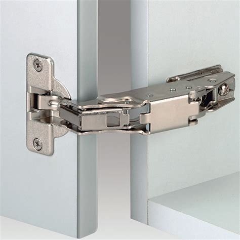 170 degree cabinet hinge grass 148 765 54 0015 170 degree nexis hinge self