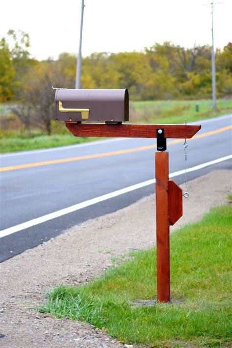 swinging mailbox post 1000 ideas about diy mailbox on pinterest mailbox