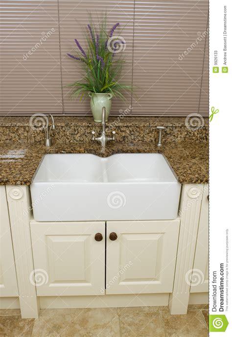 Modern Kitchen Sink Area Stock Photos Image 9926133 Kitchen Sink Area