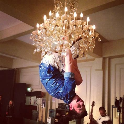 Swing From Chandelier Glee Season 5 Spoilers A Katy Or A Gaga Adam Lambert 5x04