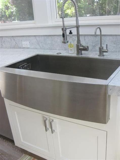 Faucets Industrial And Farmers Sink On Pinterest Apron Front Sink With Backsplash