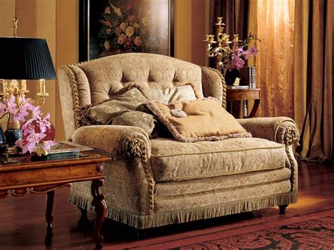 Halbrundes Sofa Im Klassischen Stil by Zweisitzer Sofa Luxus Im Klassischen Stil Idfdesign