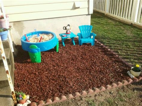 backyard playground mulch 25 best ideas about rubber mulch on pinterest mat foundation outdoor rubber mats