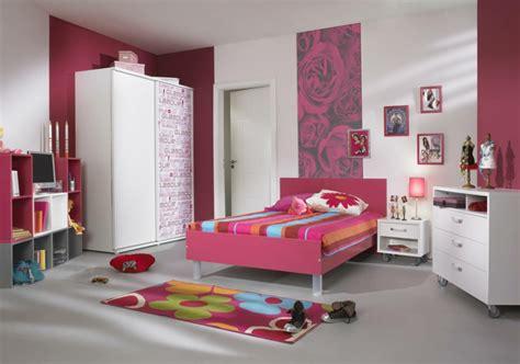 schlafzimmerwand akzente das jugendbett hilft ihnen dem schlafzimmer ihrer teenies