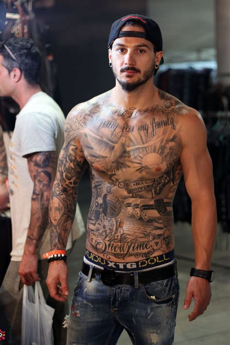 55 awesome men s tattoos inkdoneright com