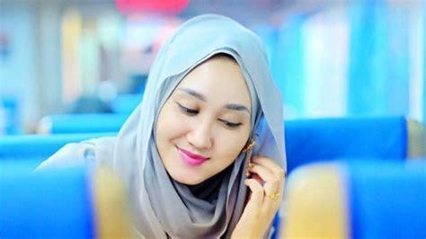 memulai usaha membuat jilbab 7 tutorial gaya jilbab ini memang butuh sedikit usaha