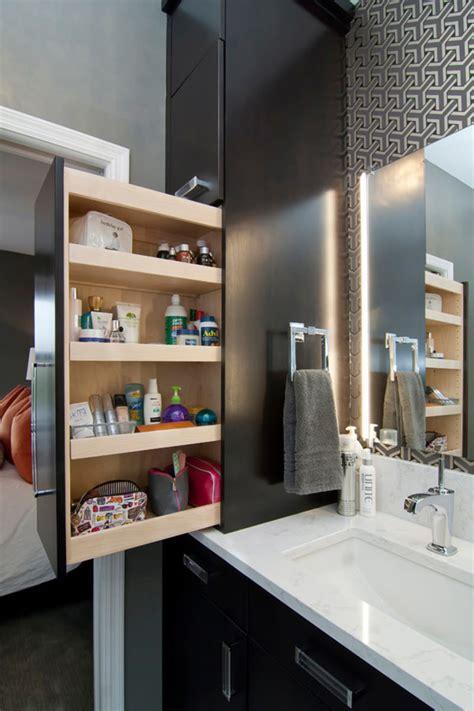 um armario a forma de um 6 dicas para o arm 225 rio do banheiro ideias reformas banheiros
