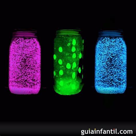 candelabro maizena frasco fluorescente que brilla en la oscuridad