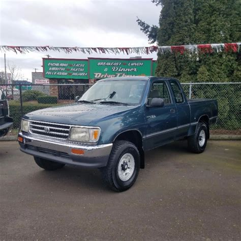 1996 toyota t100 dx v6 start up quick tour rev 252k youtube toyota t100 for sale 155 used cars from 1 000
