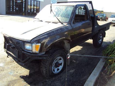 Flatbed Toyota 1989 Toyota Flat Bed 4x4 V6 Manual Transmission Stk