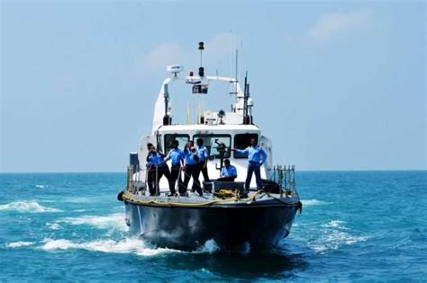 fishing boat cost in india tit for tat pakistan seizes two indian fishing boats off