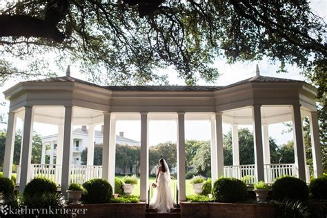 Earle Harrison House by Sydney S Bridals