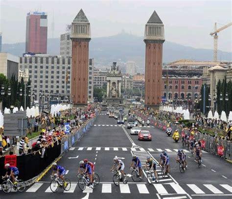 salidas de la carrera de turismo barcelona se propone para acoger la salida oficial del