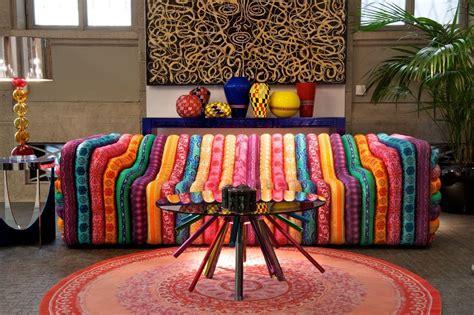 sofa warna warni sofa warna warni ini seru tapi apakah anda berminat