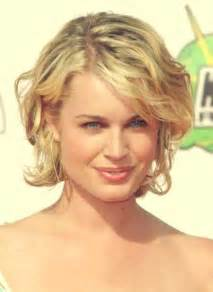 hairstyle for short curly hair at home images