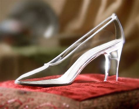 broken glass slipper what s the difference between healthcare and cinderella