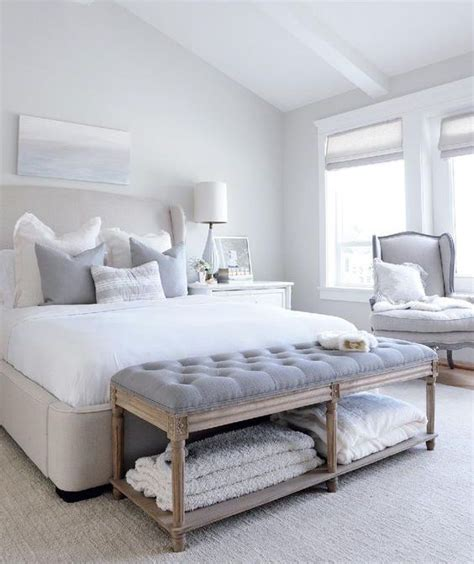 white comforter bedroom design ideas best 25 chic master bedroom ideas on wall