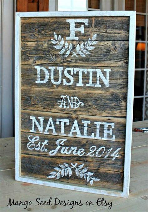 pallet signs ideas  weddings snappy pixels