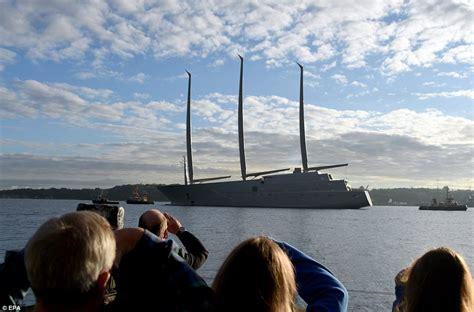 russisch zeiljacht melnichenko puts motor yacht a up for sale daily mail online