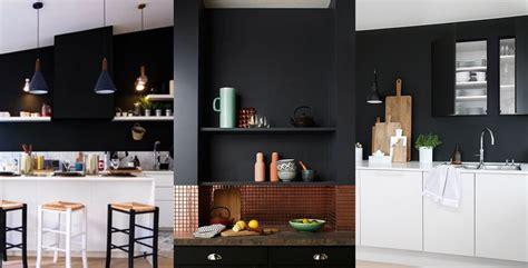 cuisine mur noir mur noir cuisine cuisine blanc plan travail noir peinture