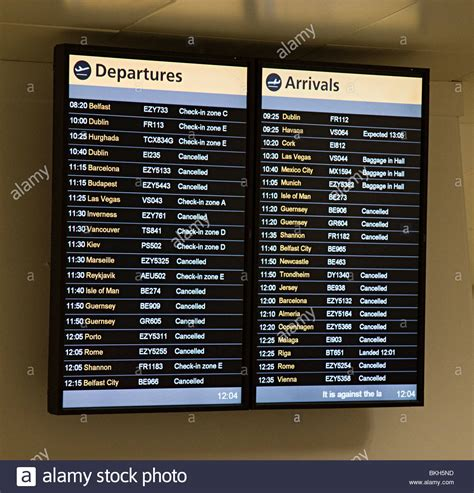 Uk Airport Arrivals And Departures Information Websites | departures and arrivals board showing flights cancelled