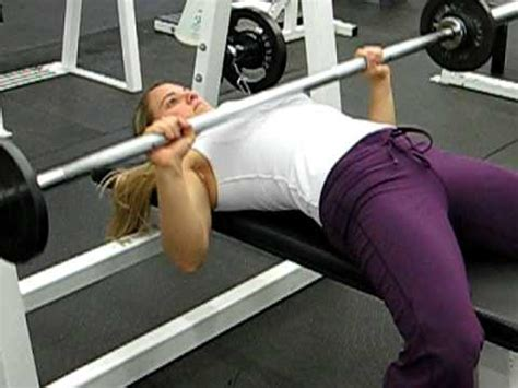bb bench press amanda bb bench press women youtube