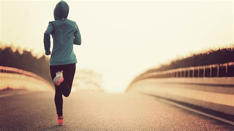 how to a to jog with you how to stay energized during a run or race fitness republic