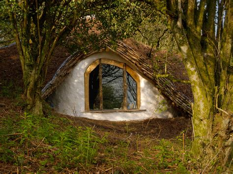 pictures of hobbit houses hobbit house archives the treehouseblog