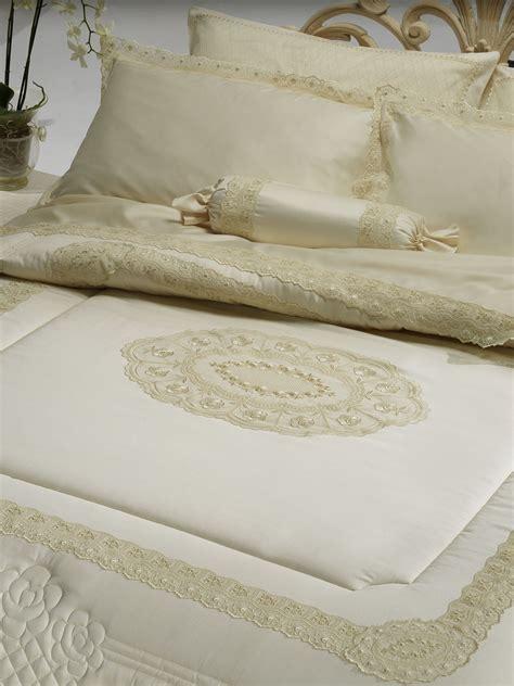 piumoni matrimoniali eleganti trapunta matrimoniale in raso di puro cotone