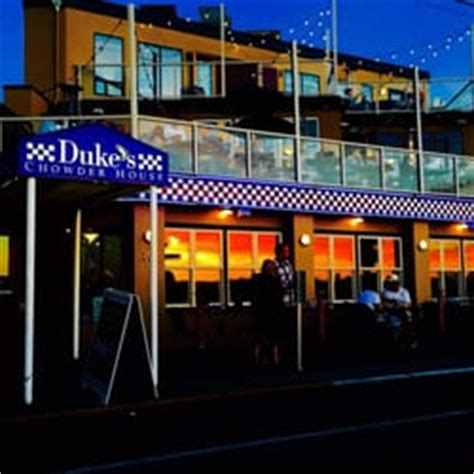 Dukes Chowder House Seattle by Duke S Chowder House 177 Photos 320 Reviews Seafood