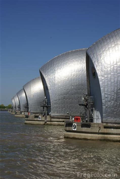 thames barrier used the thames barrier pictures free use image 31 69 56 by
