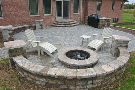 wi landscape fire pit seat wall design and installation in appleton wi