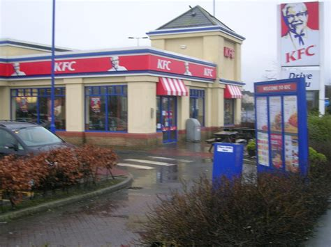 drive thru kfc kfc kirkcaldy showing entrance and 169 ian thomson cc