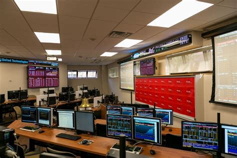 Rutgers Camden Professional Mba by Rutgers School Of Business Camden Opens Finance Lab And