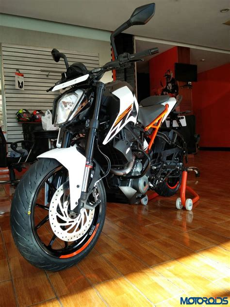 Difference Between Ktm 200 And 390 Difference Between Ktm Duke 200 And 390 Motorcycle Wallpaper