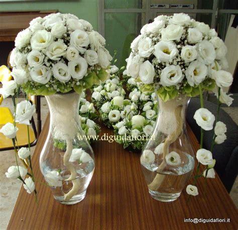 composizioni floreali vasi di vetro addobbi floreali a sfera in vasi di vetro fiorista
